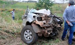 Colisão entre carreta e caminhonete deixa uma pessoa morta na MS-276, em Batayporã
