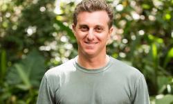 Luciano Huck admite financiamento de jatinho pelo BNDES