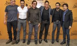 Cantores Sertanejos se reúnem para falar sobre o especial da Globo