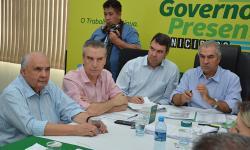 Reinaldo encerra 'Governo Presente' com visita a Dourados, onde atenderá o município de Fátima do Sul
