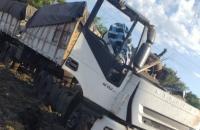 Em SP acidente entre ônibus e carreta deixa 22 mortes