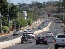 Atenção ao prazo: licenciamento de veículos com placas 3 e 4 vence neste mês