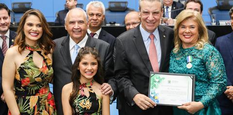 Prefeita Ilda Machado é homenageada pela Assembleia Legislativa de MS