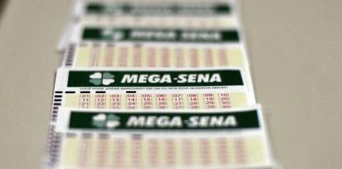 Mega-Sena acumula e pode pagar prêmio de R$ 27 milhões no sábado
