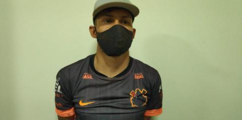 Sobrinho atacou e matou o tio com facão enquanto ele dormia para roubar picape e R$ 200,00 em Indápolis
