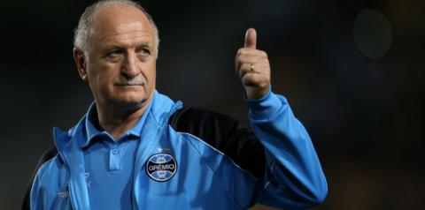 Negócio fechado! Grêmio se acerta com Felipão e prepara anúncio do treinador