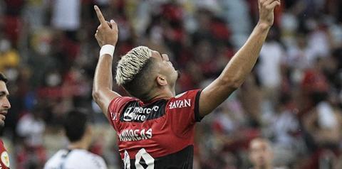 Andreas Pereira pode se tornar o jogador mais caro da história do Flamengo