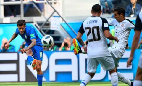 Brasil vence a Costa Rica com dois gols após os 45 min no 2º tempo