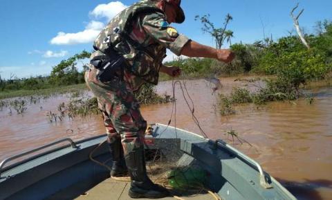 PMA desmonta acampamento e prende três infratores por pesca predatória