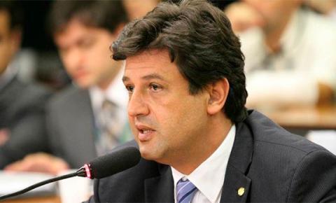 Bolsonaro confirma Mandetta no Ministério da Saúde