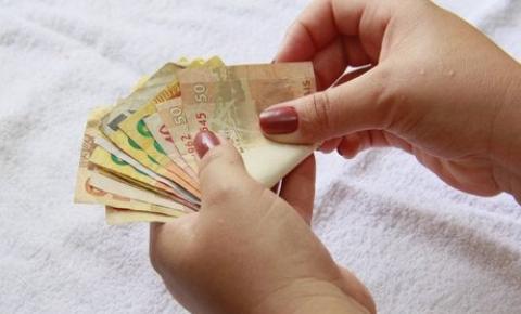 INSS começa a pagar 2ª parcela do 13º salário
