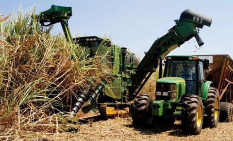 Sindicato Rural de Fátima do Sul com vagas para cursos de operadores de trator e colhedoras de cana e outros maquinários