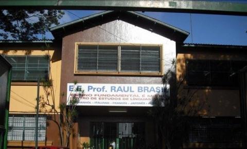 Atirador invade escola e atira contra alunos e funcionária em Suzano-SP