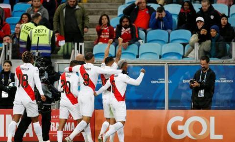 Peru vence Chile e faz final da Copa América com Brasil