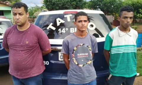 Três assaltantes são presos após levarem celulares, relógios e dinheiro de farmácia e clientes em Fátima do Sul