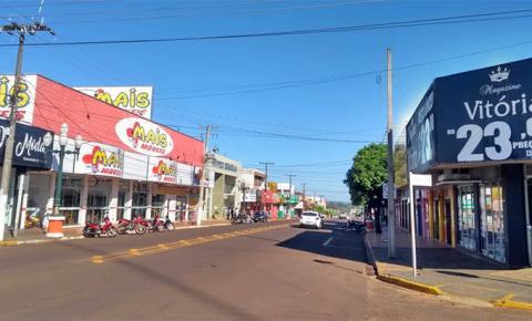 Comércio paralisa atividades em Fátima do Sul