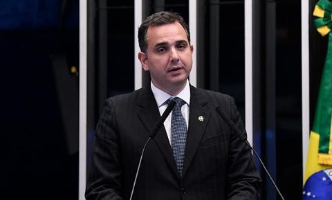 Pacheco é eleito presidente do Senado por 57 votos a 21 de Simone Tebet
