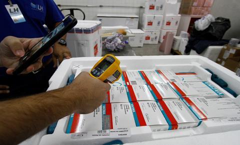 Secretaria de Estado de Saúde recebe 72.500 doses de vacina da Astrazeneca nesta quarta-feira
