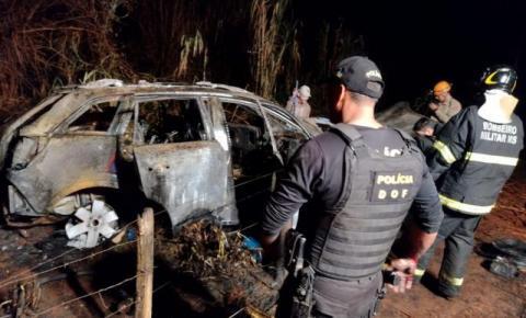 Confronto com DOF acaba em carro queimado, homem baleado e preso com carga de maconha na BR-376, rumo à Fátima do Sul