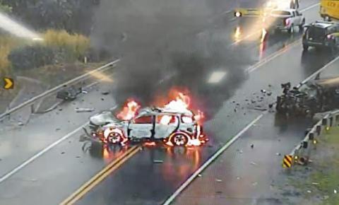 Policial rodoviário federal e condutor de Jeep Cherokee morrem em acidente na BR-163 em MS