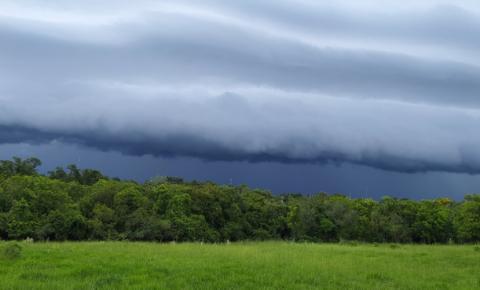 Frentes frias vão provocar chuvas quase todos os dias em MS, prevê Inmet