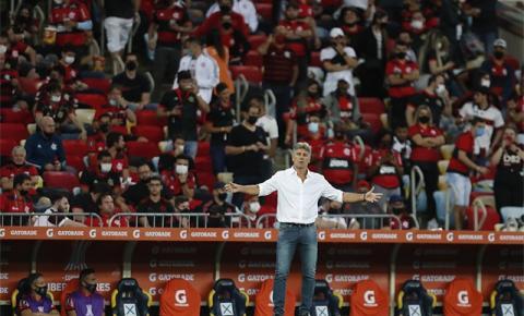 Portal argentino aponta 'surpresa' com vaias da torcida do Flamengo após empate com o Cuiabá