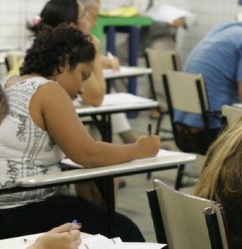 Concursos reúnem quase 640 vagas em MS e salários de até R$ 9,6 mil