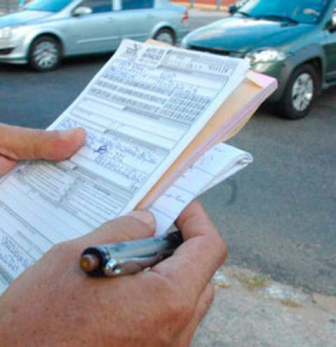 Está na lista? Detran divulga relação com 12 mil multas cadastradas em 10 dias no estado
