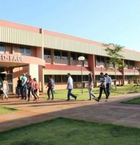UFGD está com inscrições abertas em vestibular com 700 vagas para cursos à distância