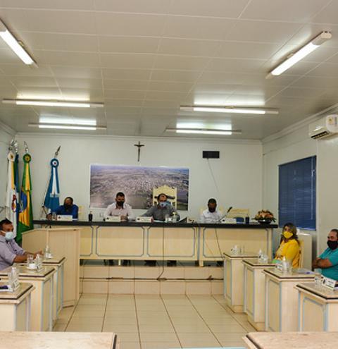 Com 06 votos contrários, Vereadores rejeitam parecer do relator das contas do ex-prefeito de Fátima do Sul